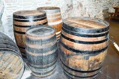 Oude houten vaten voor het behoud van wijn Royalty-vrije Stock Fotografie