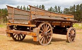 Oude houten wagen stock foto