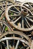 Oude houten wielen Stock Afbeelding