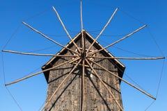 Oude houten windmolen, populair oriëntatiepunt van oude Nessebar stock fotografie