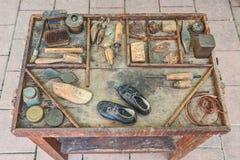 Oude hulpmiddelen van de schoenmaker Stock Fotografie