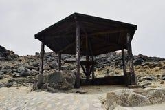 Oude Hut naast de Natuurlijke Pool Conchi Stock Fotografie