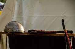 Oude iep en bowreproduction voor Keltisch festival in Montelago Italië Royalty-vrije Stock Fotografie