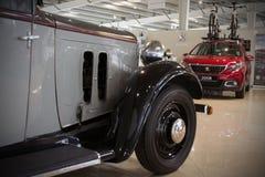 Oude inbare compacte sedan met vier cilinders - Peugeot 301, 1933 royalty-vrije stock foto's
