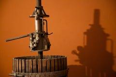 Oude Italiaanse Druif het Verpletteren Machine Royalty-vrije Stock Fotografie