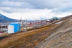 Oude kabelwagen voor steenkoolvervoer, Svalbard, Noorwegen Royalty-vrije Stock Afbeeldingen