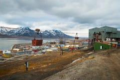 Oude kabelwagen voor steenkoolvervoer, Svalbard, Noorwegen Royalty-vrije Stock Foto