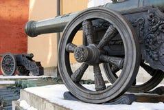 Oude kanonnen in Moskou het Kremlin De erfenisplaats van Unesco Stock Fotografie