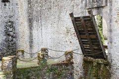 Oude kasteelbrug Royalty-vrije Stock Afbeeldingen