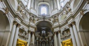 Oude katholieke kathedraal Stock Afbeelding