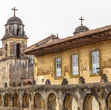Oude Katholieke kerk in Patzcuaro Michoacan Mexico Stock Foto
