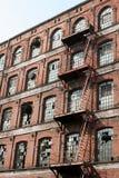 Oude katoenen fabriek in Europa 2 Stock Afbeeldingen