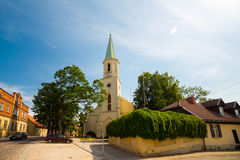 Oude kerk bij oude historische stad Royalty-vrije Stock Afbeelding