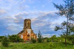 Oude kerk in Hai Hau-strand Royalty-vrije Stock Afbeelding