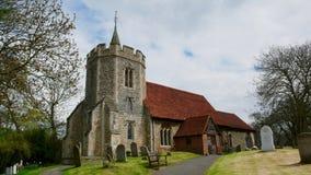 Oude kerk in het land royalty-vrije stock afbeelding