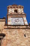 Oude kerkvoorgevel in Chelva, Valencia royalty-vrije stock afbeelding