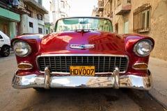 Oude klassieke Amerikaanse auto, een pictogram van Havana Stock Afbeelding