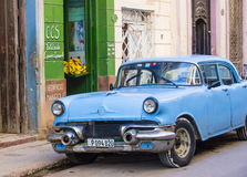 Oude Klassieke Auto in Cuba Royalty-vrije Stock Foto's