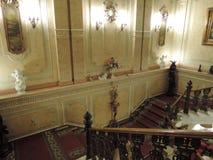 Oude klassieke muziekschool, binnen, treden stock foto's