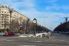 Oude Klok bij Unie Boulevard Bulevardul Unirii Royalty-vrije Stock Afbeeldingen