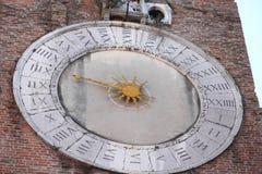 oude klok met 24 uren Royalty-vrije Stock Afbeeldingen