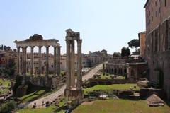 Oude kolommen in roman forum in Rome Royalty-vrije Stock Foto