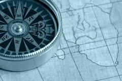 Oude kompas en kaart Stock Foto
