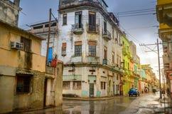 Oude kwarten van Havana na de regen royalty-vrije stock foto's