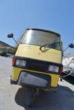Oude ladings miniauto Stock Afbeelding