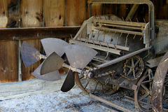 Oude landbouwbedrijfploeg Stock Foto's