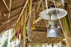 Oude lantaarns, Thaise mensen royalty-vrije stock foto's