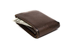 Oude leer bruine portefeuille met één die dollarbankbiljet op witte achtergrond wordt geïsoleerd Royalty-vrije Stock Afbeeldingen