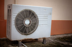 Oude luchtcompressor Stock Foto's