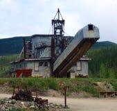 Oude machines van goldrushdagen op de yukongebieden Stock Afbeelding