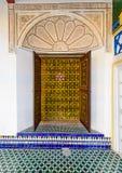 Oude Marokkaanse stijldeur stock foto's