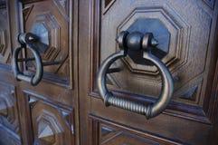 Oude massieve deur royalty-vrije stock fotografie