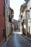 Oude mediterrane straat stock foto