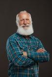 Oude mens met een lange baard met grote glimlach Stock Foto