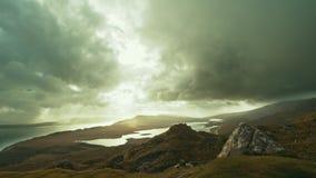 Oude Mens van Storr - tijd-tijdspanne, Eiland van Skye, Schotland stock video