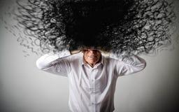 Oude mens in wit en chaos Royalty-vrije Stock Foto