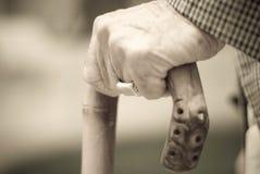 Oude mensenhand royalty-vrije stock afbeelding