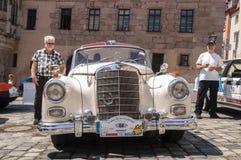 Oude Mercedes Benz-cabriolet Stock Foto