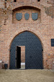 Oude middeleeuwse deur stock foto's