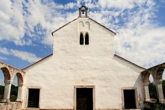 Oude middeleeuwse kerk van St Fosca Royalty-vrije Stock Afbeeldingen