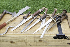 Oude middeleeuwse zwaarden Stock Foto's