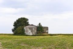 Oude militaire bunker van 2de wereldoorlog, Tsjechische Republiek Stock Foto's