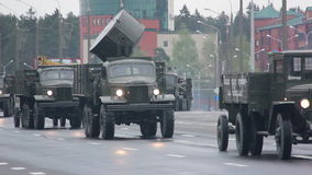 Oude militaire uitrusting van Wereldoorlog II, Russisch leger stock footage