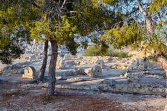 Oude molenstenen op vertoning in het kasteel van Alicante Santa Barbara Stock Fotografie