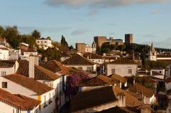 Oude mooie huizen in middeleeuwse stad van Obidos, Portugal Stock Foto's