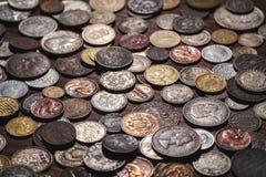 Oude muntstukkenachtergrond Royalty-vrije Stock Fotografie